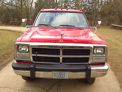 Dodge : Other Pickups W350 1993 dodge w 350 4 x 4 cummins 1 ton se dually intercooled 12 valve autocold ac, 1