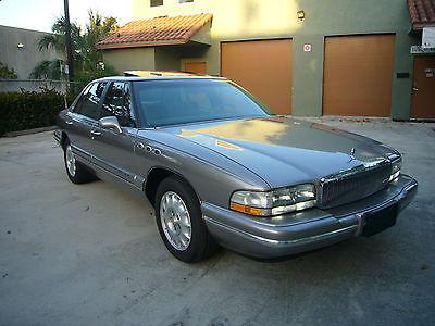Buick : Park Avenue - Luxury Touring Sedan FREE Warranty - Perfect Autocheck - 100% Original w/Records! - Only 109k Miles!