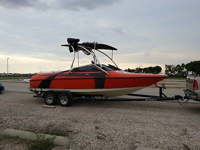 1997 Larson 226 SEI Ski Wakeboard Boat - $26900