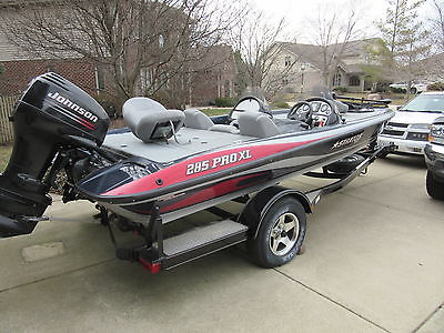 04 Stratos Boat 285 PRO XL 18-1/2 Foot 90 HP Johnson W/Trailer Low Hrs!!! EC