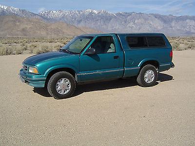 GMC : Sonoma SONOMA 4 WHEEL DRIVE 1994 gmc sonoma 4 x 4 pickup truck chevrolet s 10 truck short bed automatic