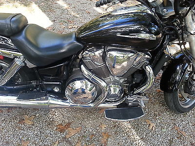Honda : VTX Black 2002 Honda VTX1800C. Runs great with lots of power.