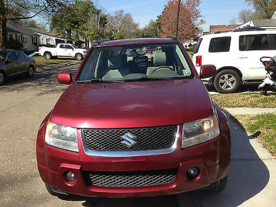 Suzuki : Grand Vitara Luxury Sport Utility 4-Door 2008 suzuki grand vitara luxury sport utility 4 door 2.7 l