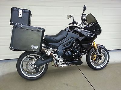 Triumph : Other Triumph Tiger 1050 2008 low miles super clean adventure bags heated seat