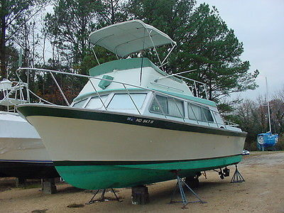 1970 LUHRS 32 Sedan Cabin Cruiser Fly Bridge House Sport Fishing Power Boat MD