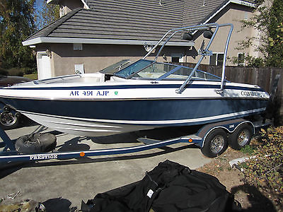 1993 Cobalt Open Bow 193 Ski Boat with Wake Board Tower. Low Hours!!