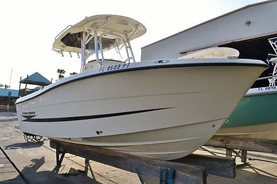 17 center console hydra sport boats for sale for Best outboard motor warranty