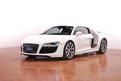 Audi : R8 5.2L 2010 audi 5.2 l