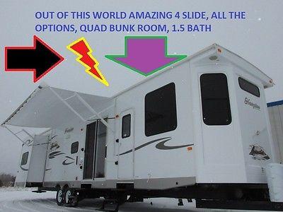 2013 CROSSROADS HAMPTON 41' DESTINATION TRAILER RV BUNK 4s 1.5 BATH LAKE HOUSE