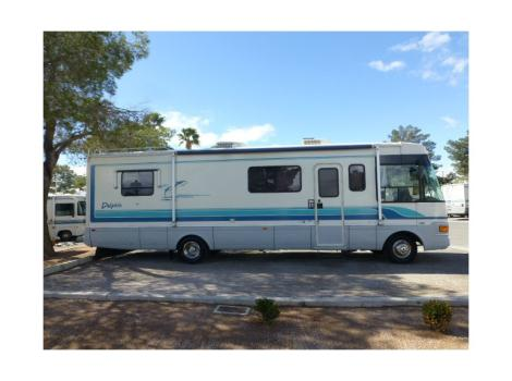 1994 National Dolphin 32