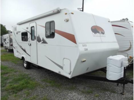 2010 Trailmanor Elkmont tm24
