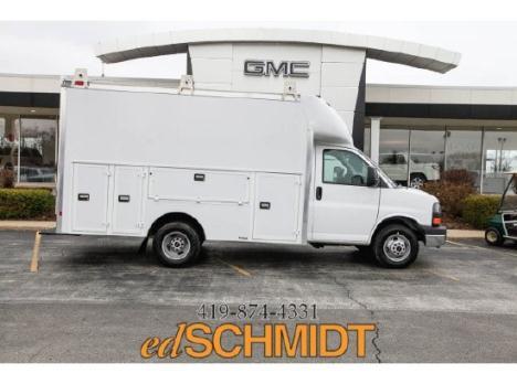2015 GMC Savana Commercial Cutaway