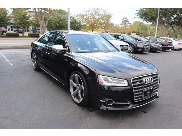 Audi : S8 4.0T 520 horsepower twin turbo v 8 luxury german hot rod