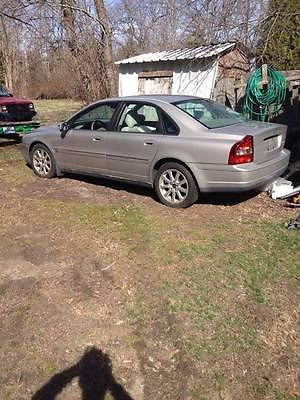 Volvo : S80 2.9 2003 volvo s 80 automatic 4 door sedan tan parts or repair pick up only