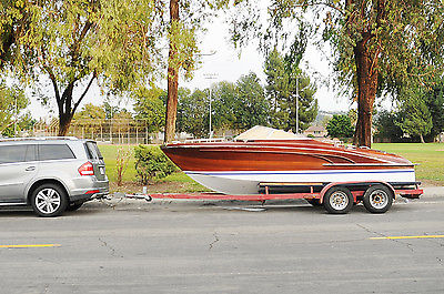 Italian Wooden Speedboat