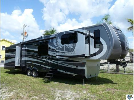 2014 Redwood Residential Vehicles Redwood CROSSROADS 39FL