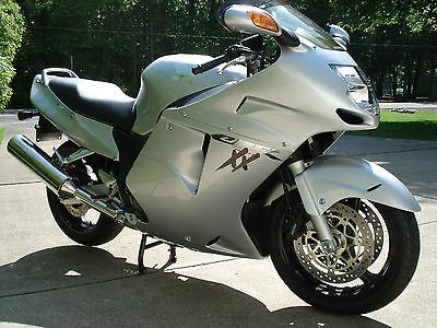 Honda : CBR 2002 honda cbr 1100 xx super blackbird low miles well maintained stock