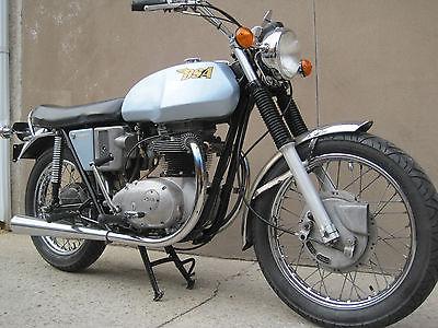 BSA : BSA 1971 bsa thunderbolt 650