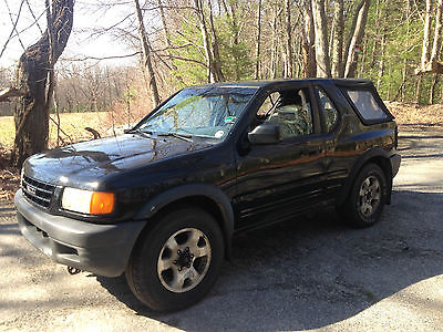 Isuzu : Amigo rag top removable  1999 isuzu amigo 4 x 4 4 cylinder 5 speed stick only 62 000 miles clean title