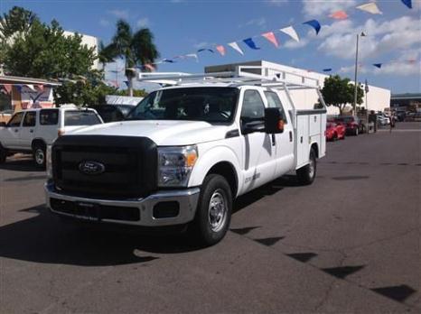 2014 Ford F250 Super Duty Crew Cab Pickup XL Pickup 4D 6 3/4 ft