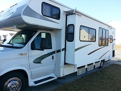 2004 Forest River - Forester, Class C Motor Home, RV, Camper