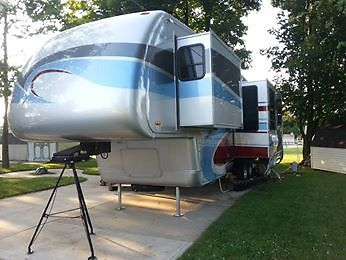 2008 Newmar Bunkhouse 5th Wheel RV Bath And Half Full Body Paint 3 Slideouts!!