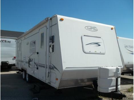 2003 R-Vision Trail Bay M-27DS