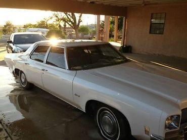 Oldsmobile : Eighty-Eight Royale 1972 oldsmbile delta 88 4 door sedan with 455 cubic inch rocket v 8
