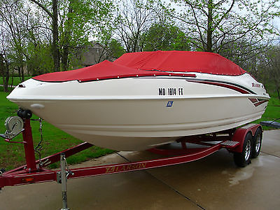 2006 Larson Senza 206 Open Bow V/8 Mercruiser Low Hours with Trailer