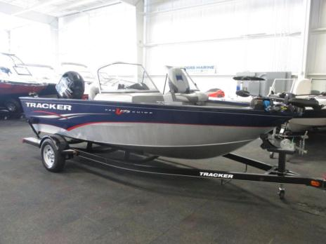 2013 Tracker V175 Pro Guide WT with Mercury 90 4