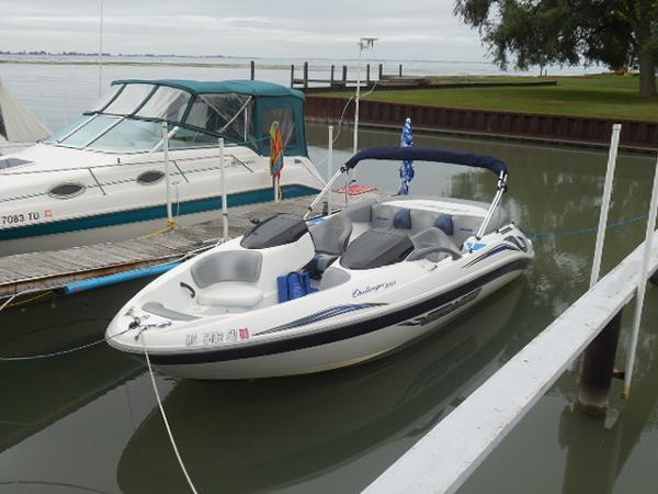 2004 Sea-Doo Sport Boats Challenger 2000