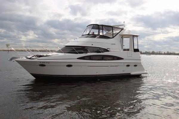 2004 CARVER YACHTS 39 Motor Yacht