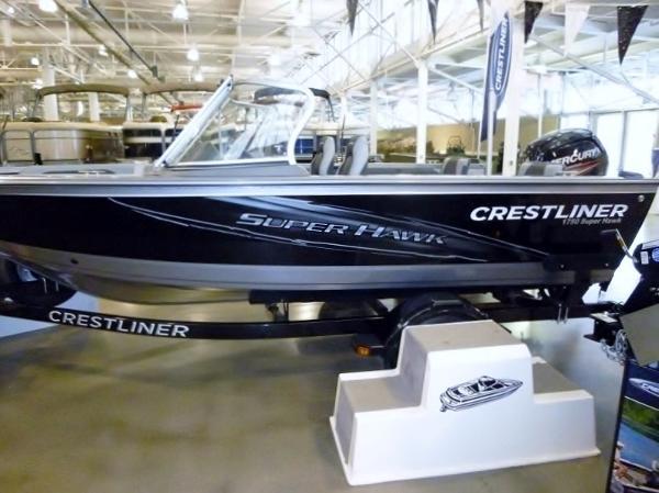2015 Crestliner 1750 Super Hawk