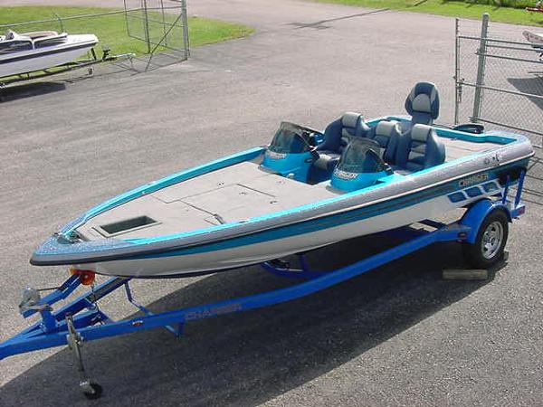 2016 Charger Boats 186