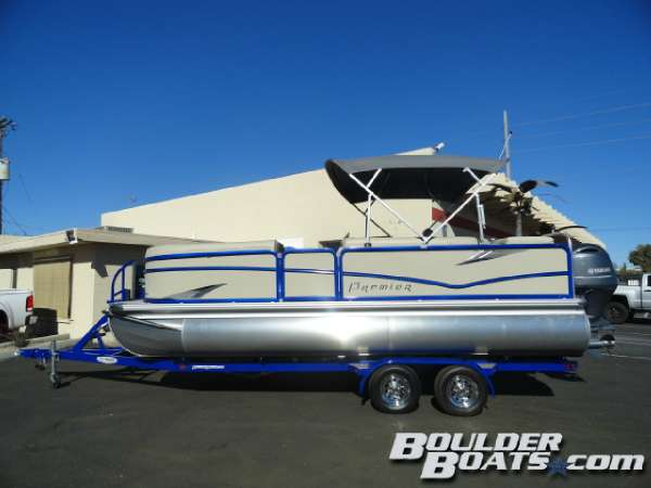 2016 PREMIER BOATS SunSation 220