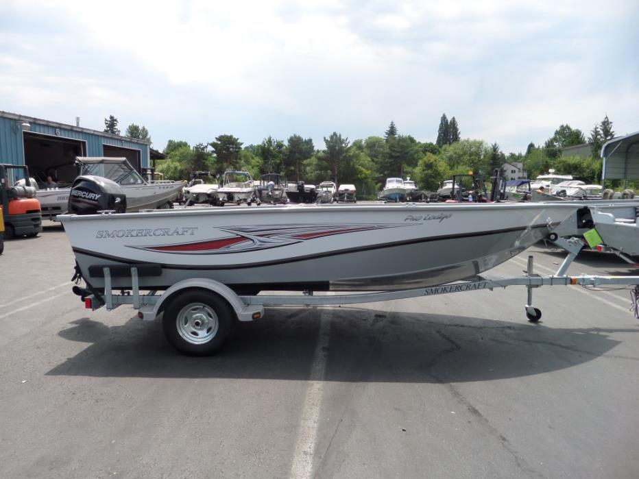 Smokercraft pro lodge boats for sale in oregon for Craft stores eugene oregon