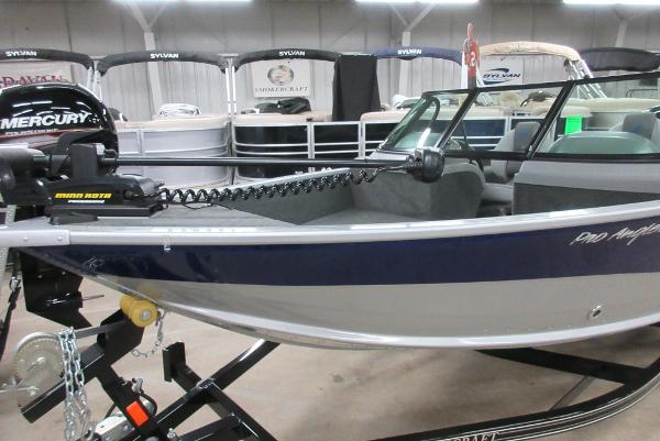 2017 Smoker Craft 162 Pro Angler XL