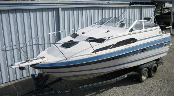 1987 Bayliner 2450 Ciera Sunbridge