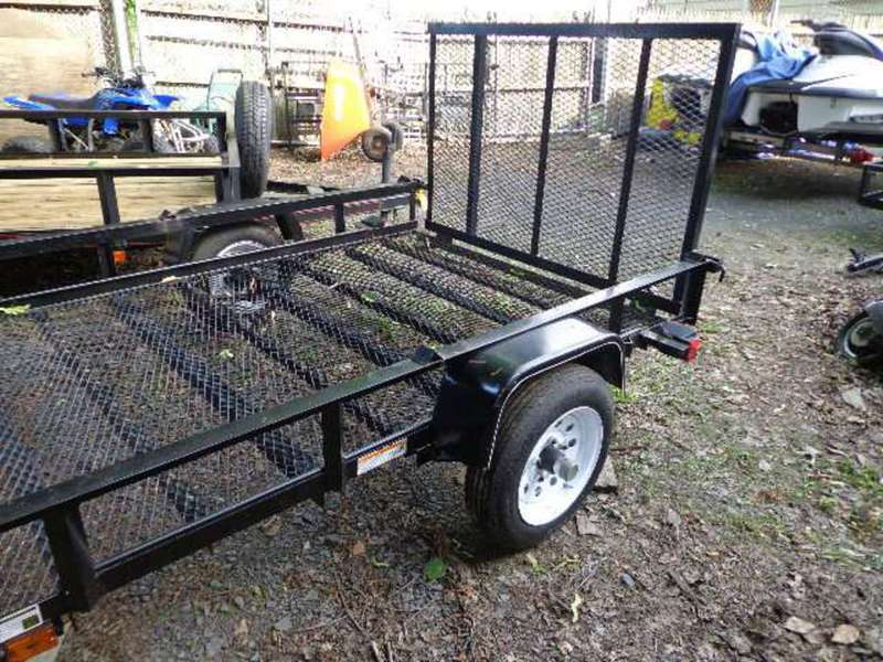2015 Carry-On Trailer Utility Trailers 5.5X8GWPTLED