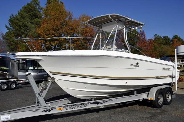 2004 Wellcraft Fisherman 250
