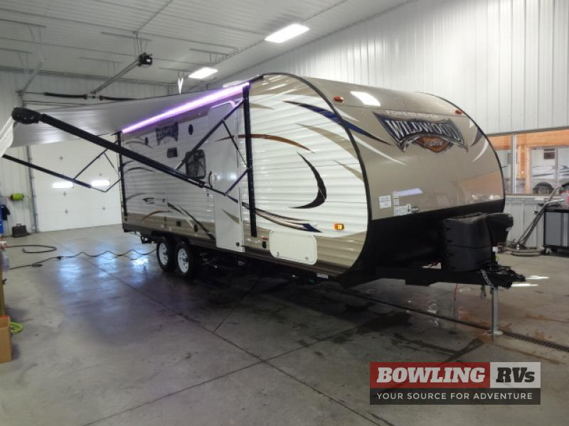 2017 Forest River Rv Wildwood X-Lite 230BHXL