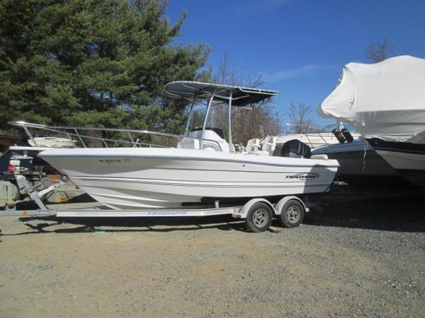 triumph boats for sale in virginia rh smartmarineguide com Triumph 190 Bay Boat Triumph Motorcycles