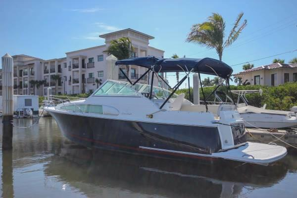 2002 Chris-Craft Constellation 26