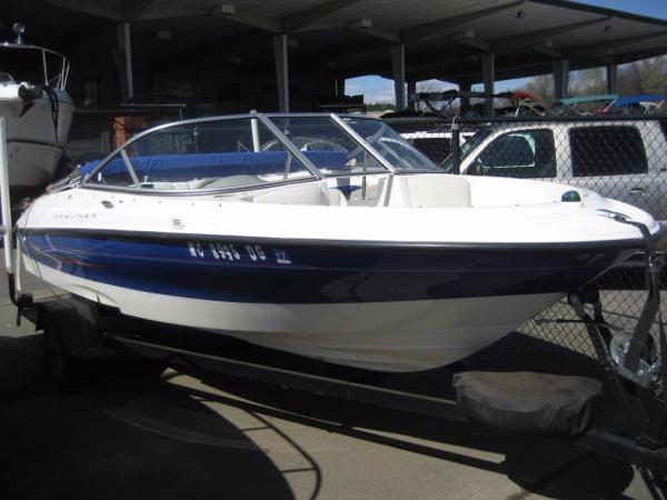 2006 Bayliner 180