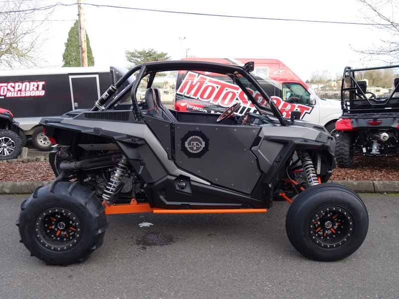 2014 Polaris RZR XP 1000 EPS Titanium Matte Metallic