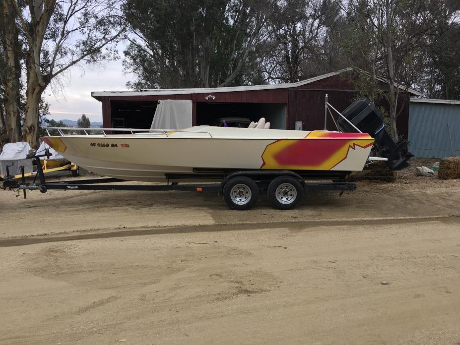 1983 Vaughn Boats Custom Ski Boat