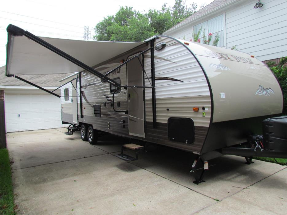 2016 Forest River CHEROKEE GREY WOLF 27RR