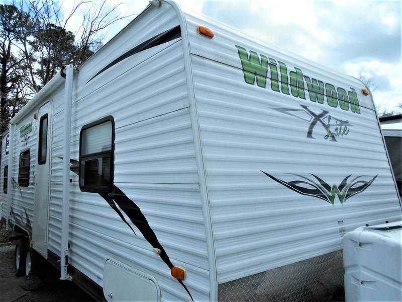 2012 Forest River Wildwood X-Lite 261BH
