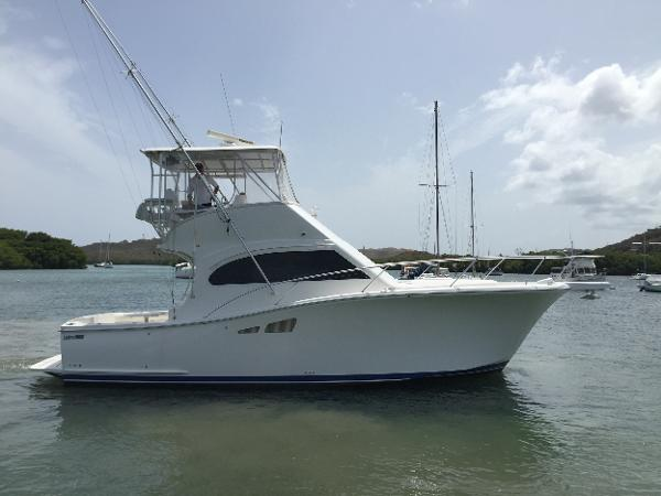 2008 Luhrs 35 Convertible