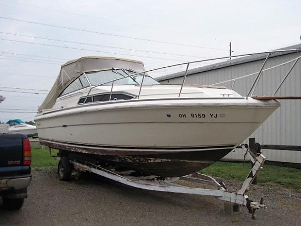 1985 Sea Ray 27 Sundancer